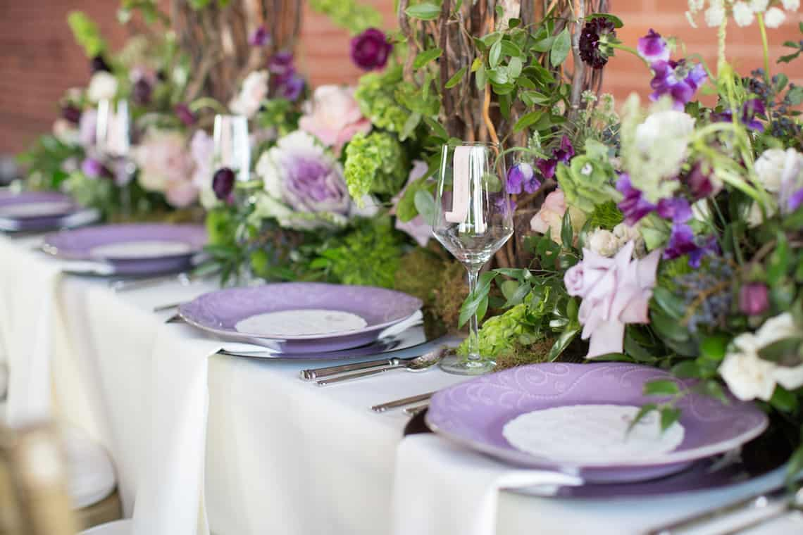 Stunning and Romantic Purple Wedding Table Setup