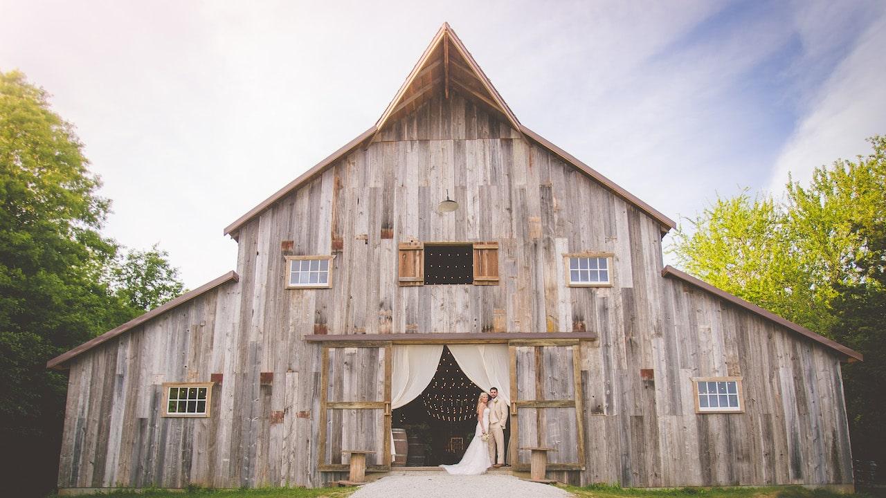 Heritage Ranch - East Kansas City Barn
