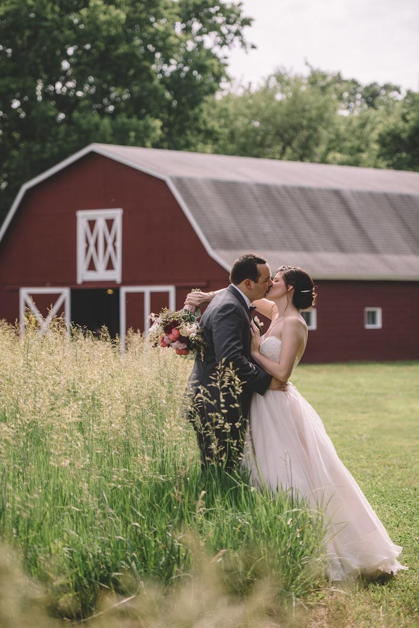 Red Barn Wedding Kansas City