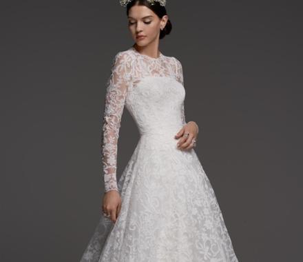Altar Bridal Wedding Dress Kansas City model