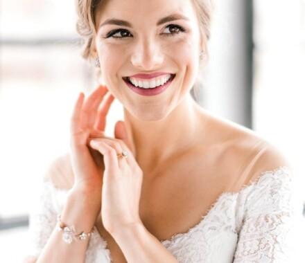 Altar Bridal Wedding Dress Kansas City smile