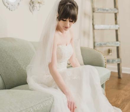 Angie Scott Photography kansas city wedding photographer bride couch