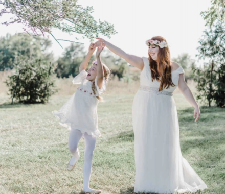 Angie Scott Photography kansas city wedding photographer flower girl