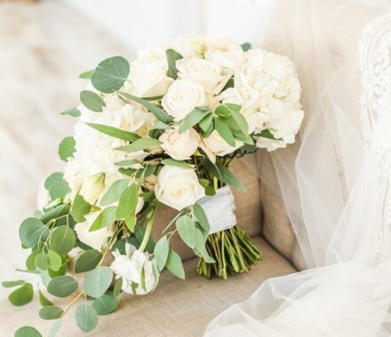 Blush & Blossoms Wedding Florist Kansas City tool