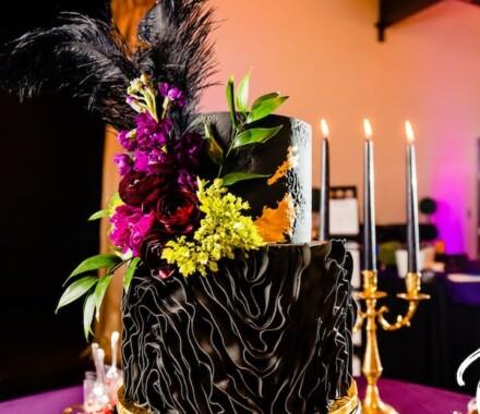 Clever Cakes Wedding Dessert Kansas City black