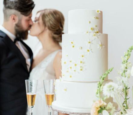 Clever Cakes Wedding Dessert Kansas City kiss