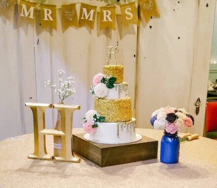 Crumbs and Confections Kansas City Wedding Cake Dessert gold