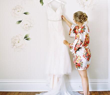 Hawthorne House Wedding Venue Kansas City dress