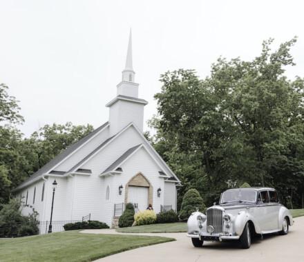 Hawthorne House Wedding Venue Kansas City limo