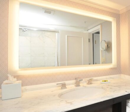 Intercontinental Hotel Kansas City Wedding Venue Plaza Accommodations mirror