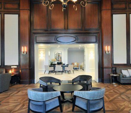 Intercontinental Hotel Kansas City Wedding Venue Plaza Accommodations rest