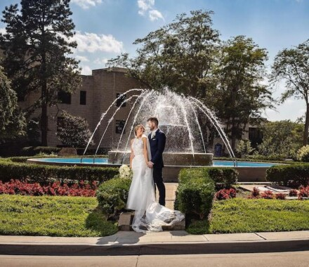 Netanya's Pix Photography Kansas City Wedding fountain