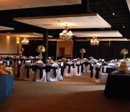 The Cotillion Wedding Venue Kansas City Blue Springs blue