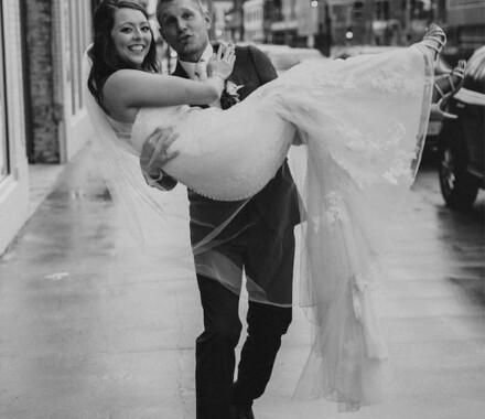 The Otten on Main Wedding Venue Kansas City street