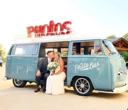The Photo Bus Photo Booth Wedding Kansas City kiss