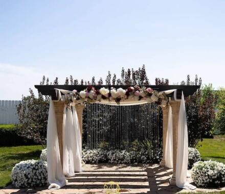 The Rhapsody Kansas City Wedding Venue arbor