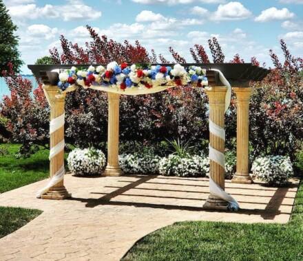 The Rhapsody Kansas City Wedding Venue arch