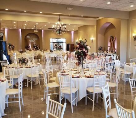 The Rhapsody Kansas City Wedding Venue white