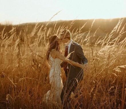 The ie Design House Kansas City Wedding Planner wheat