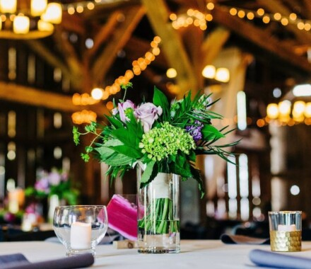 Tobacco Barn Farm Kansas City Wedding Venue centerpiece