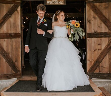 Tobacco Barn Farm Kansas City Wedding Venue dad