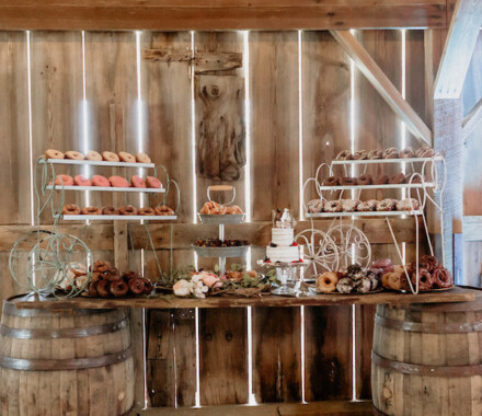 Tobacco Barn Farm Kansas City Wedding Venue dessert