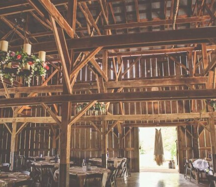 Tobacco Barn Farm Kansas City Wedding Venue dress