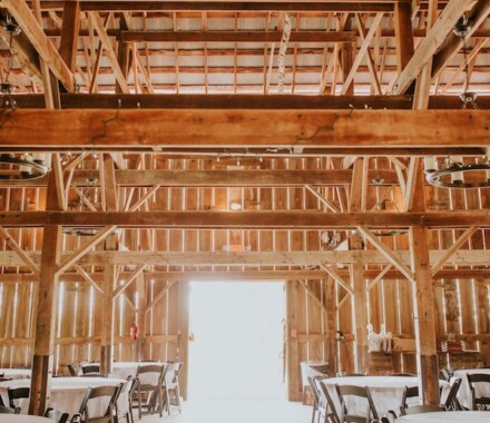 Tobacco Barn Farm Kansas City Wedding Venue empty