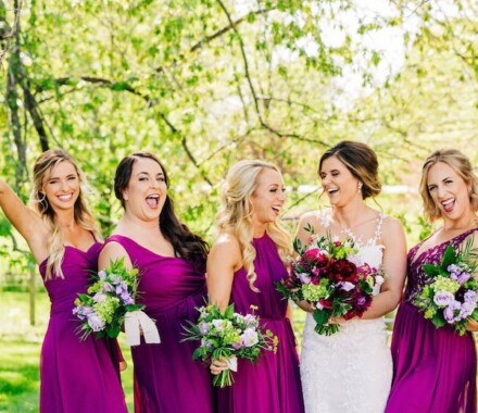 Tobacco Barn Farm Kansas City Wedding Venue girls