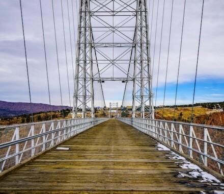 Travel Unrivaled Kansas City Agent bridge