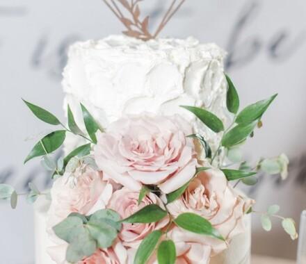 Water to Wheat Cakery Kansas City Wedding Cake back