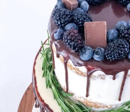 Water to Wheat Cakery Kansas City Wedding Cake berries