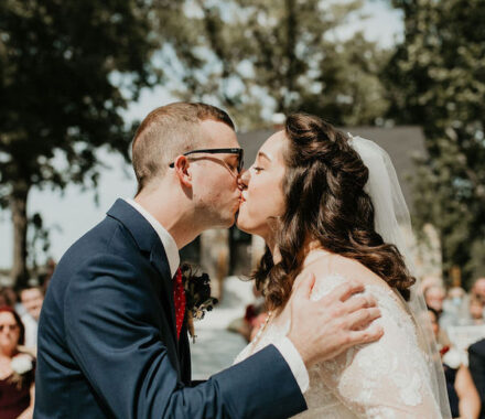 Erishyll Mae Photography Kansas City Wedding kiss