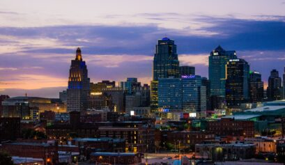 treat your wedding guests to an iconic kansas city weekend